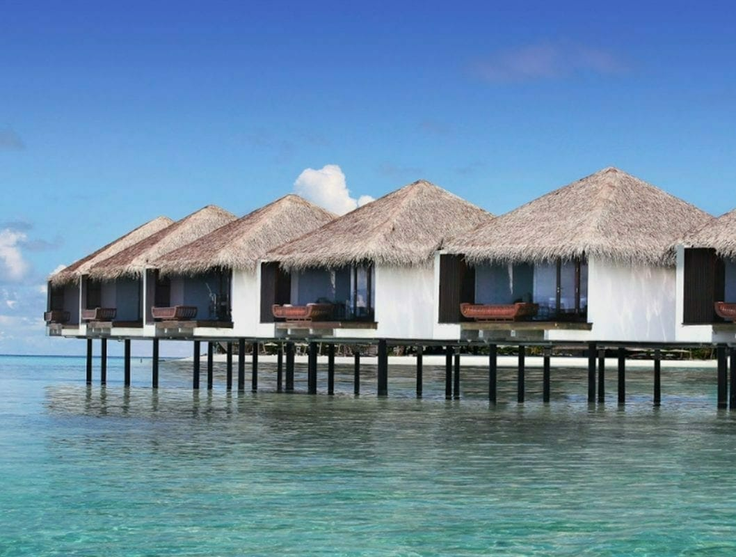maldives resort on water