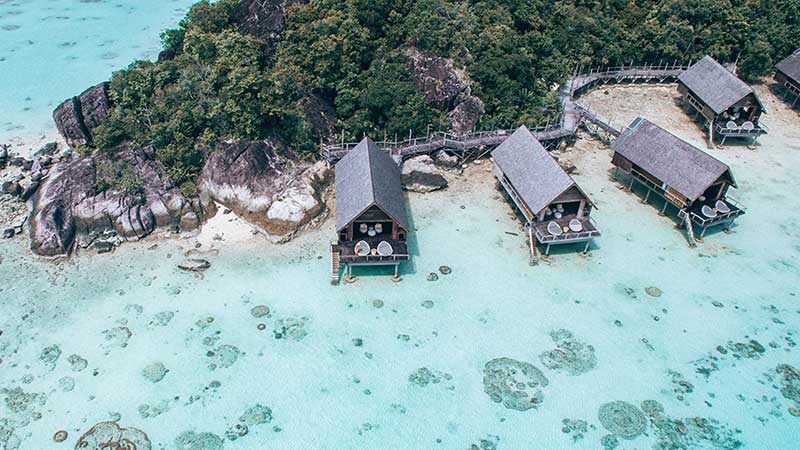 7 Beautiful Overwater Bungalows In Indonesia
